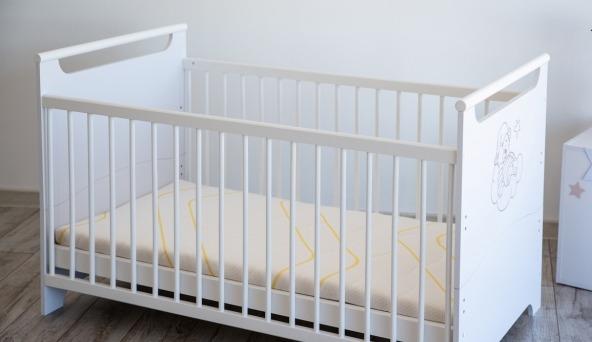 """Ліжечко трансформер 2 в 1 """"Ведмежатко"""" Білий - меблі з дерева в дитячу та спальню від фабрики Venger"""