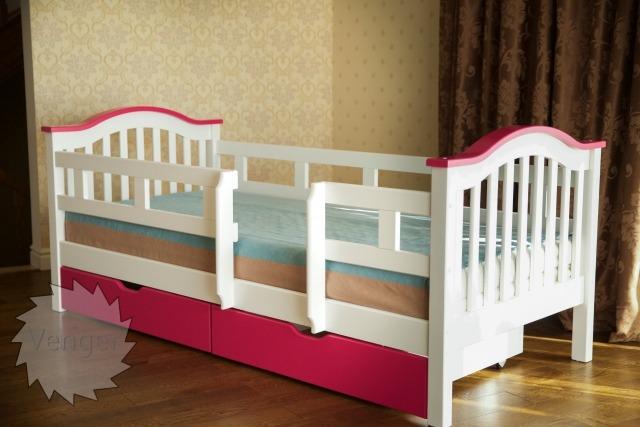 """Ліжко """"Максим""""  Ral 9003/4010 - меблі з дерева в дитячу та спальню від фабрики Venger"""